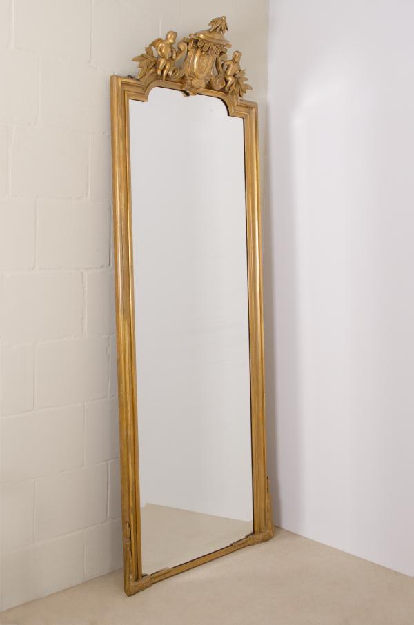 Grote vergulde Louis XVI spiegel