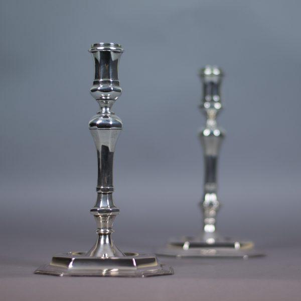 Set zilveren kandelaren