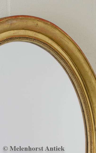 Ovale vergulde Franse spiegel