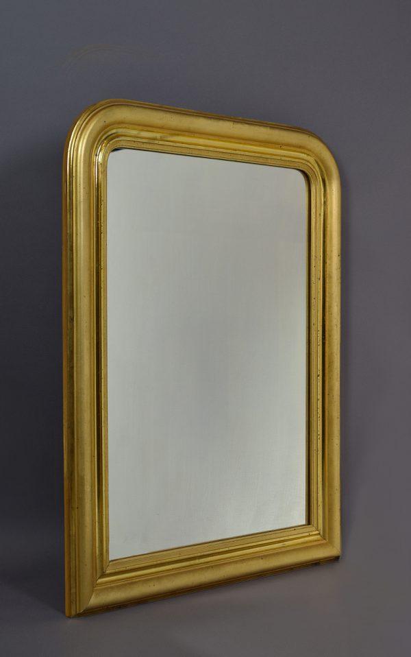 Strakke gouden spiegel