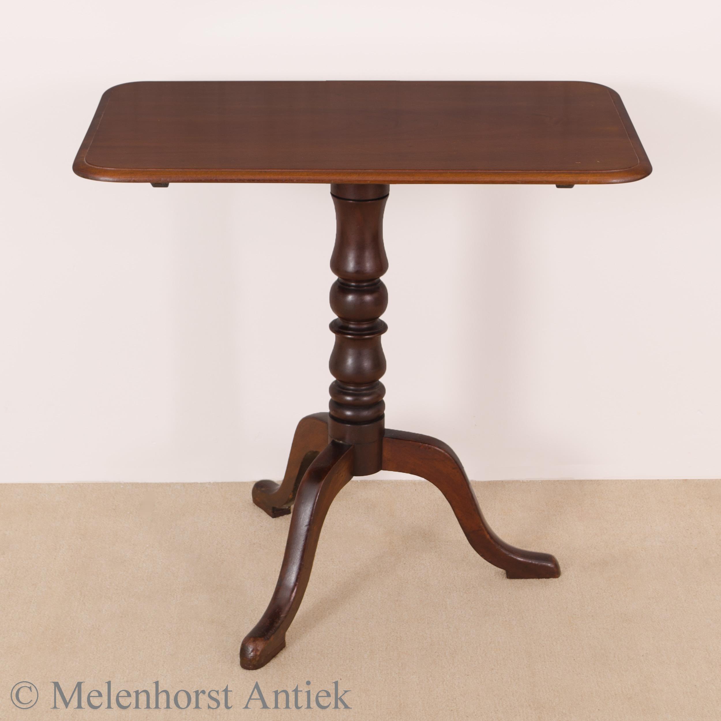 Antieke Engelse klaptafel