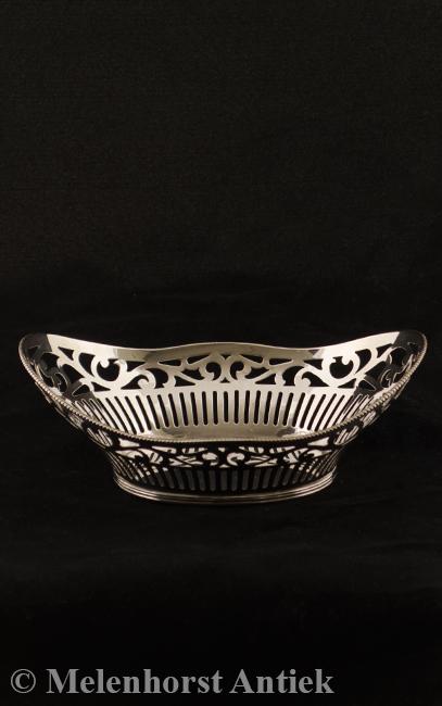 Zilveren ajour gezaagde bonbonmand