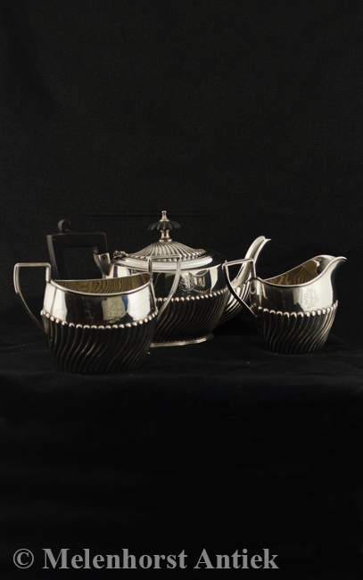 Zilveren Engels theeservies