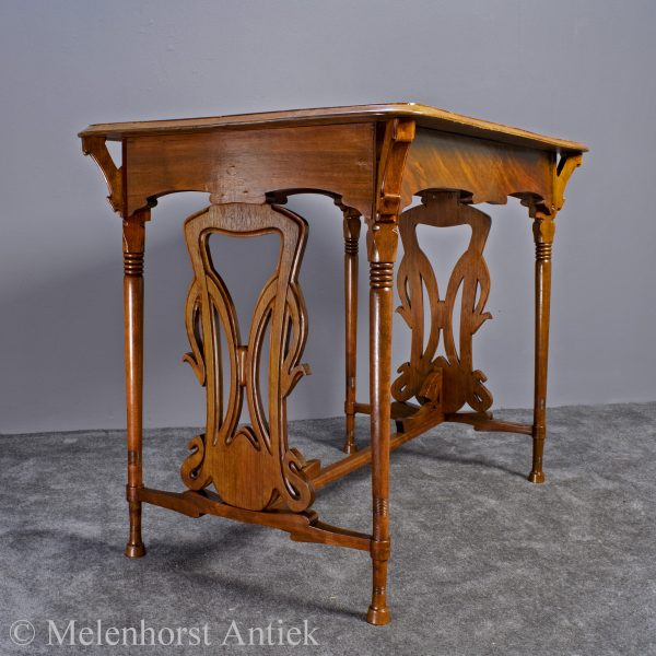 Art nouveau tafeltje Schoemaker & Zn