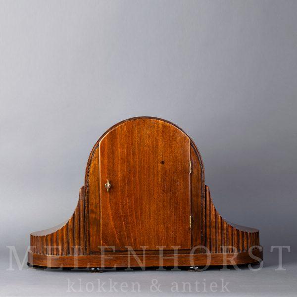 Tafel- of schoorsteenpendule